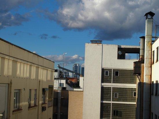 Melia Madrid Serrano: A not so stunning vista of Madrid...