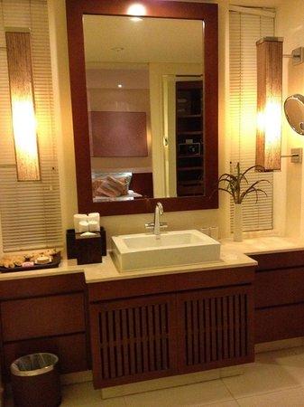 Princess D'An Nam Resort & Spa: Mandarin Villa - Washroom - Sink