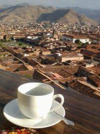 Hostal Wara Wara: Morning Coffee on the patio