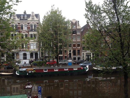 Hotel Sebastian's: Canal view room