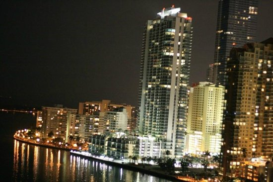 Mandarin Oriental, Miami: View of the skyline from the 7th floor...amazing