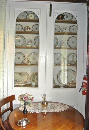 Bowerbank Mill B&B : cupboard full of antique plates