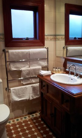 The Greens of Leura Bed and Breakfast: Bathroom