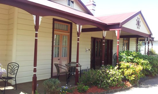 Greens of Leura Bed and Breakfast: Front