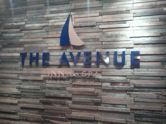 Avenue Inn & Spa: The new Logo behind the check in desk