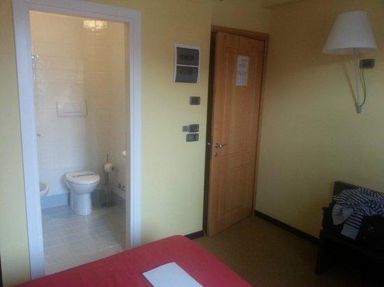 Albergo Verdi: More of our Double room