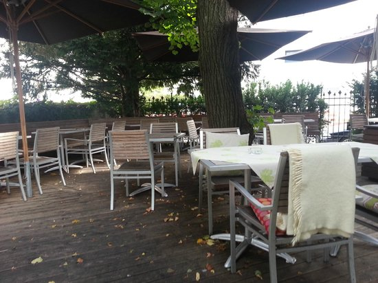 Hotel&Villa Auersperg: Outdoor area