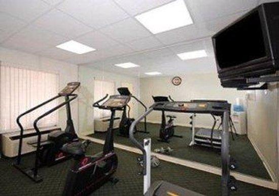 Rodeway Inn & Suites: DKFitness IL