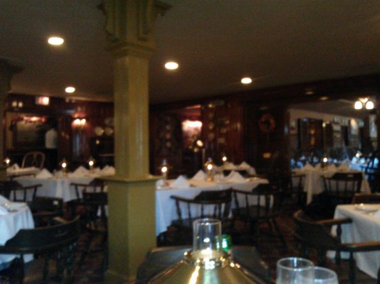 Owens Main Dining Room Picture Of Restaurant Nags Head