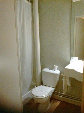 Hotel Regina : salle de bain-WC