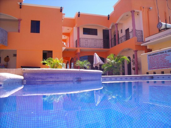 Hotel Oasis: ALBERCA