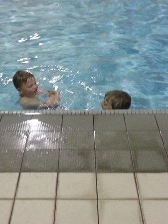 Ramada London: kids had so much fun in the pool!