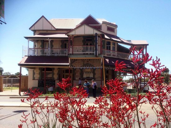Kalgoorlie, Australia: The Metropole Hotel, Boulder, that is built over a goldmine.