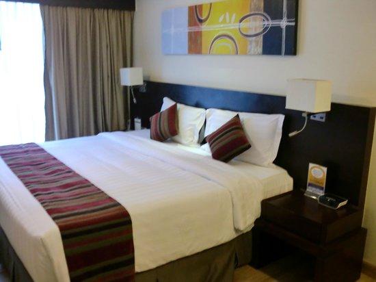 Lohas Suites Sukhumvit by Superhotel: 広い部屋