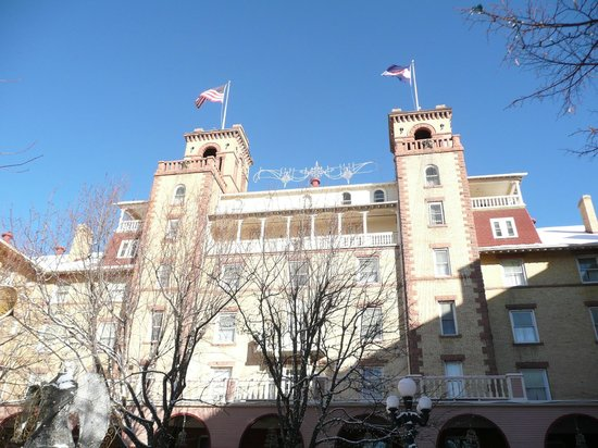 Hotel Colorado: Front of the Hotel