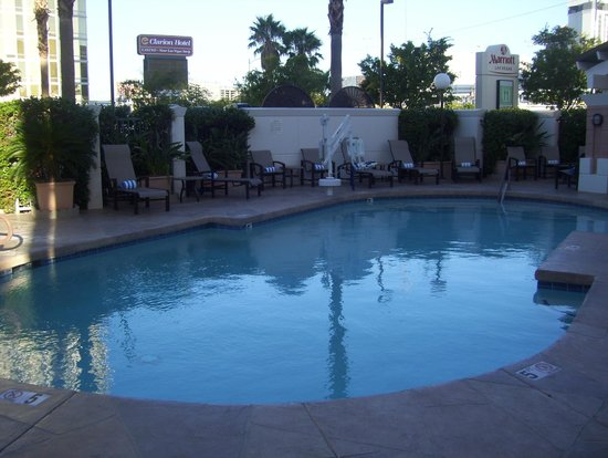 Las Vegas Marriott: pool