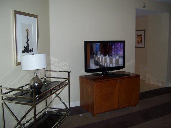 Renaissance Las Vegas Hotel : bedroom