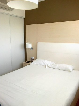 Appart'City Confort Montpellier Ovalie: chambre