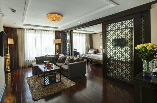 Golden Lotus Luxury Hotel : Suite