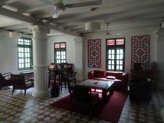 Temple Tree at Bon Ton: Entrance Hall at Colonial House