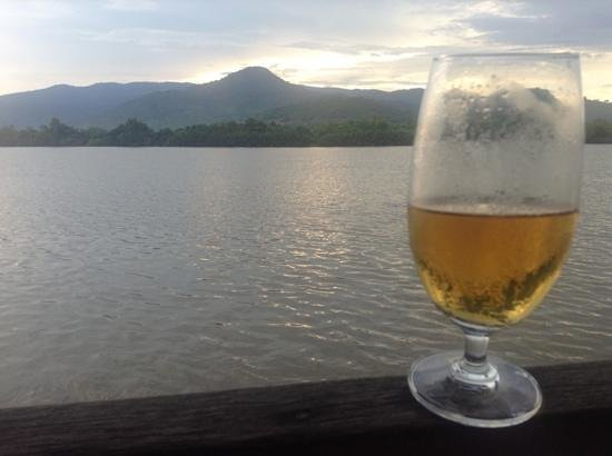 Les Manguiers : Enjoying a beer overlooking Bokor at sunset