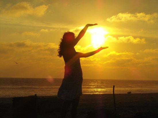 Barra Vieja Beach: bonita puesta de sol