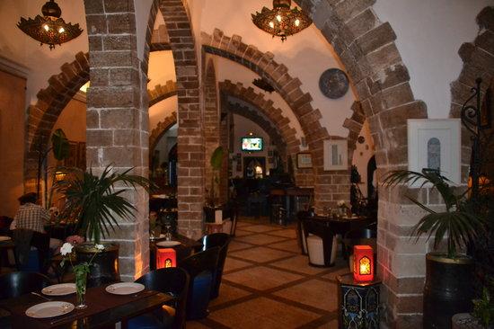 El Minzah: Salle restaurant...