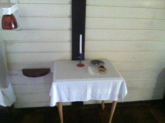Sainte Marie Lodge: Chambre ( pas d'électricité le soir après 22h)