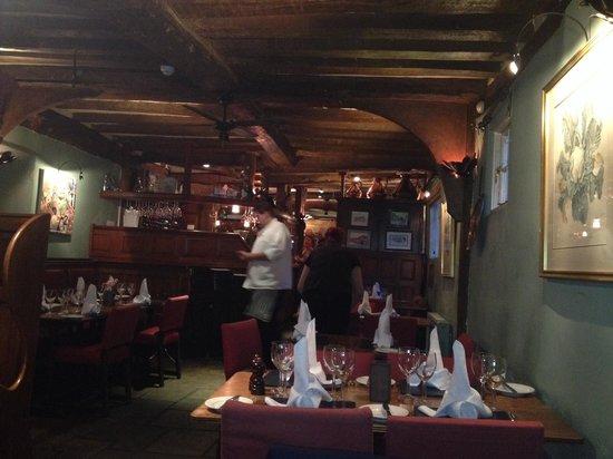 The Bell Inn: Restaurant pub