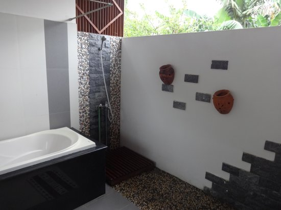 The Hoi An Orchid Garden Villas : Outdoor Bathroom