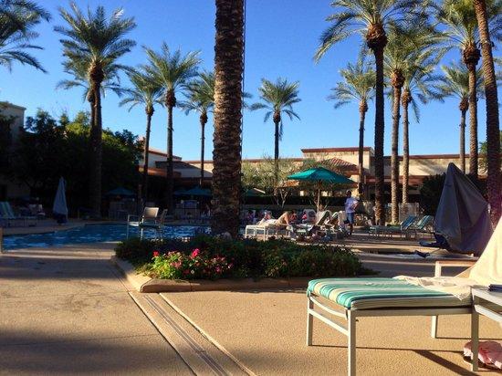 Hilton Scottsdale Resort & Villas : Pool area, was peaceful.