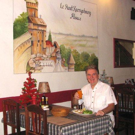 L'Alsace: Petit dejeuner au pied du Haut-Koenigsbourg