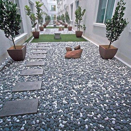 D Hotel Seri Iskandar: Indoor Zen Garden