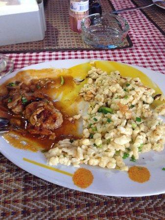 L'Alsace: Pork with mushroom sauce
