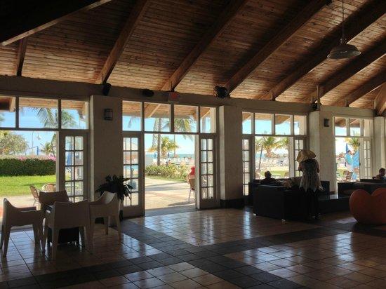 Viva Wyndham Fortuna Beach: the lounge