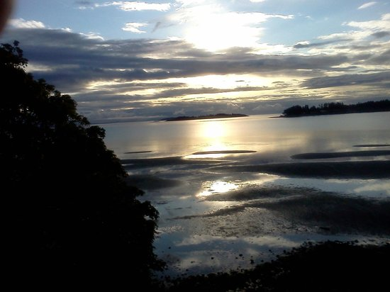 Ocean Sands Resort: Sunrise in Parksville