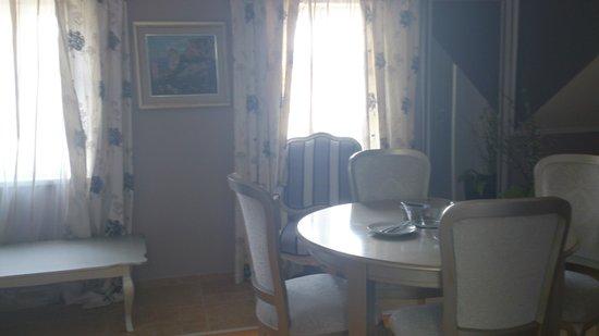 Hotel Per Astra: большая комната(фрагмент, т.к. большая)