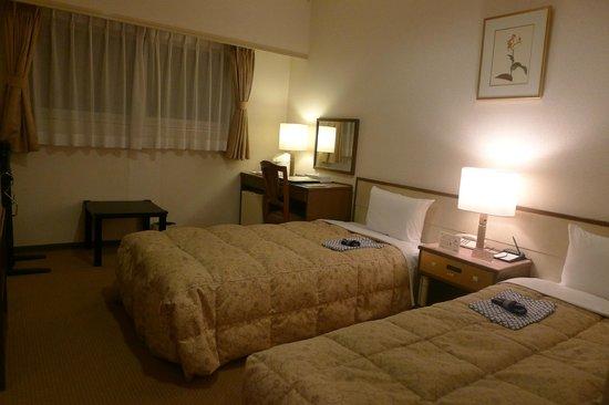 Sun Hotel Nagoya Nishiki: Basic amenities provided.