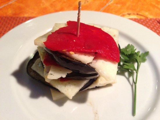 10 B Surf Bar & Restaurant : The signature melanzane with cheese starter