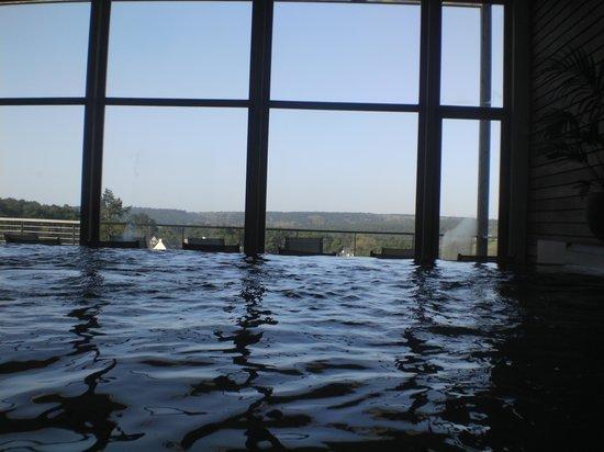 La Gree des Landes: l'espace aquatique donnant sur la vallée