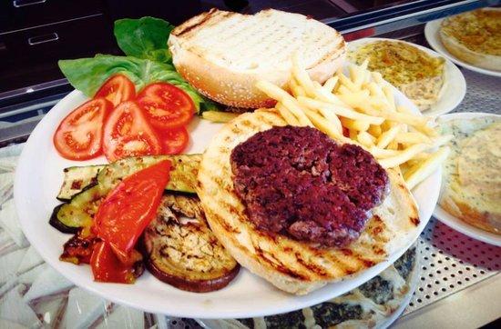 Vertemate con Minoprio, Italy: Hamburger Gugo