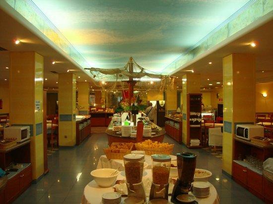 Hotel Tropic Relax: Ресторан
