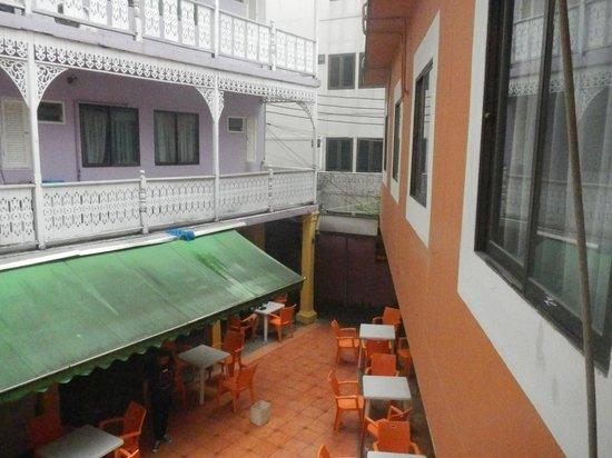 Sawasdee Bangkok Inn: 建物
