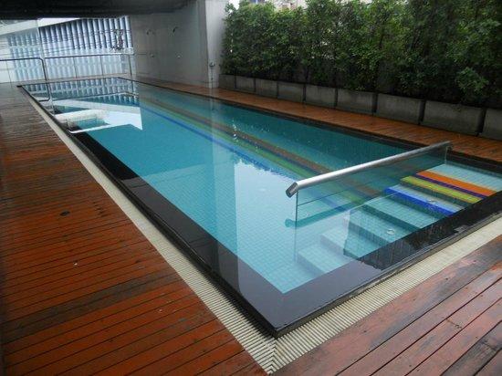 Vic3 Bangkok: piscine