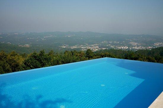 Paco Da Torre De Figueiredo Das Donas : Infinity Pool