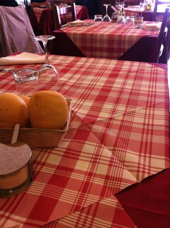 Al Folzone: Il tavolo