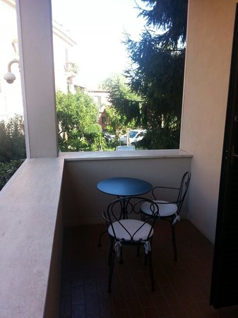 Roma Dreaming: Our lovely private little balcony.