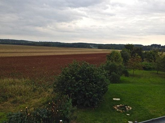 La Grange: country view from terras