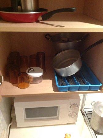Hotel Can Fisa: Utensilios de cocina