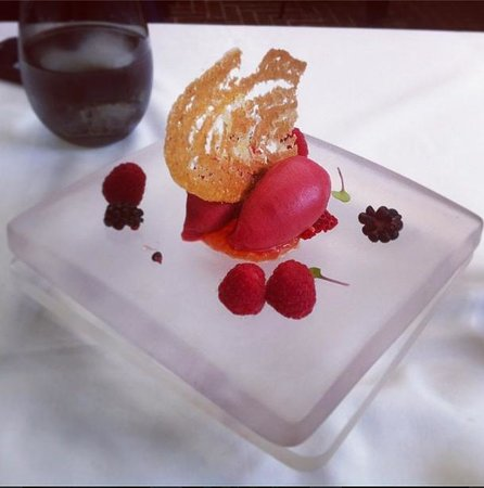 Spago Beverly Hills: Unbelievably fresh berry sorbet